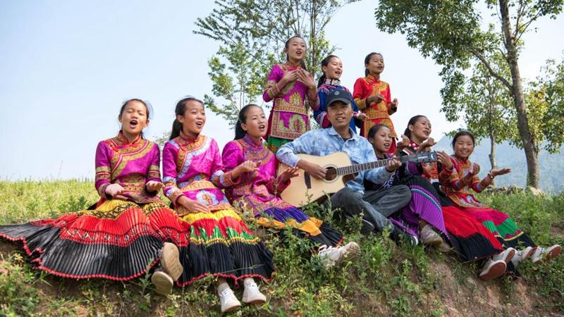 Mädchenchor in Grundschule in Sichuan erlangt Aufmerksamkeit auf Plattformen für kurze Videos