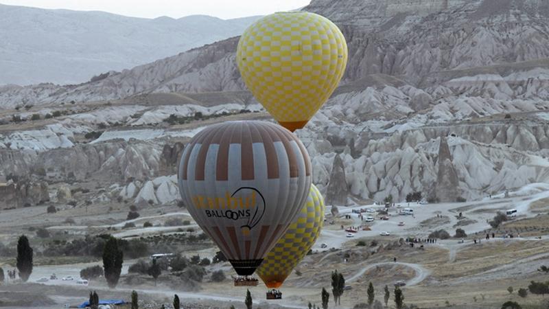 Heißluftballonfahrten über Kappadokien in der Türkei bieten spektakulären Blick