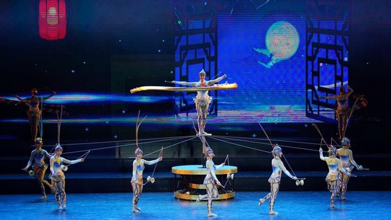 Internationales Zirkusfestival in Nordchina eröffnet