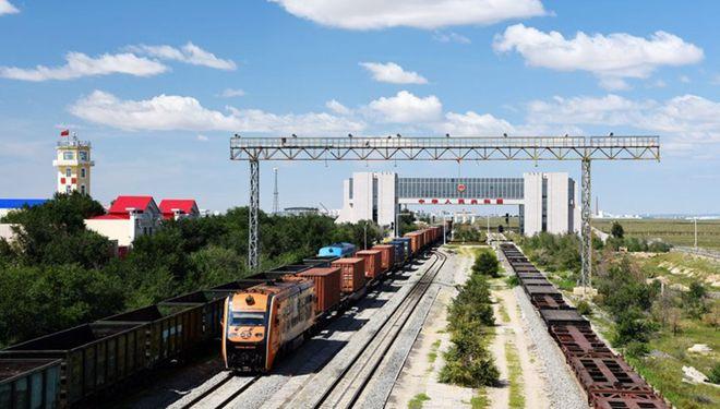 Grenzbahnhof Erenhot fertigt 8.000 China-Europa-Güterzüge ab